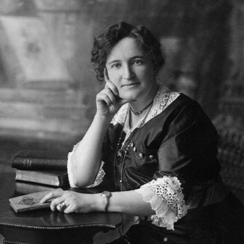 People - Mrs. Nellie McClung. (CP PHOTO) 1999 (National Archives of Canada/C.Jessop ) PA-030212